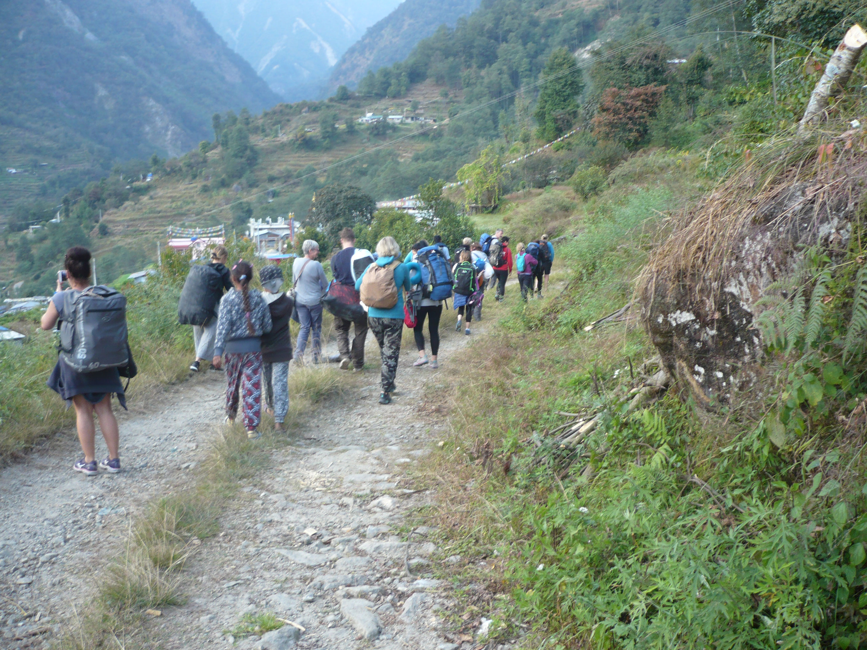 https://fulloncouriers.co.uk/wp-content/uploads/2019/05/nepal1.jpg